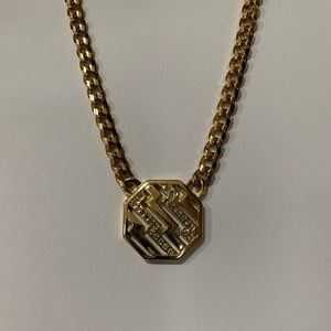 "Avon 18"" gold tone octagon shaped pendant necklace"